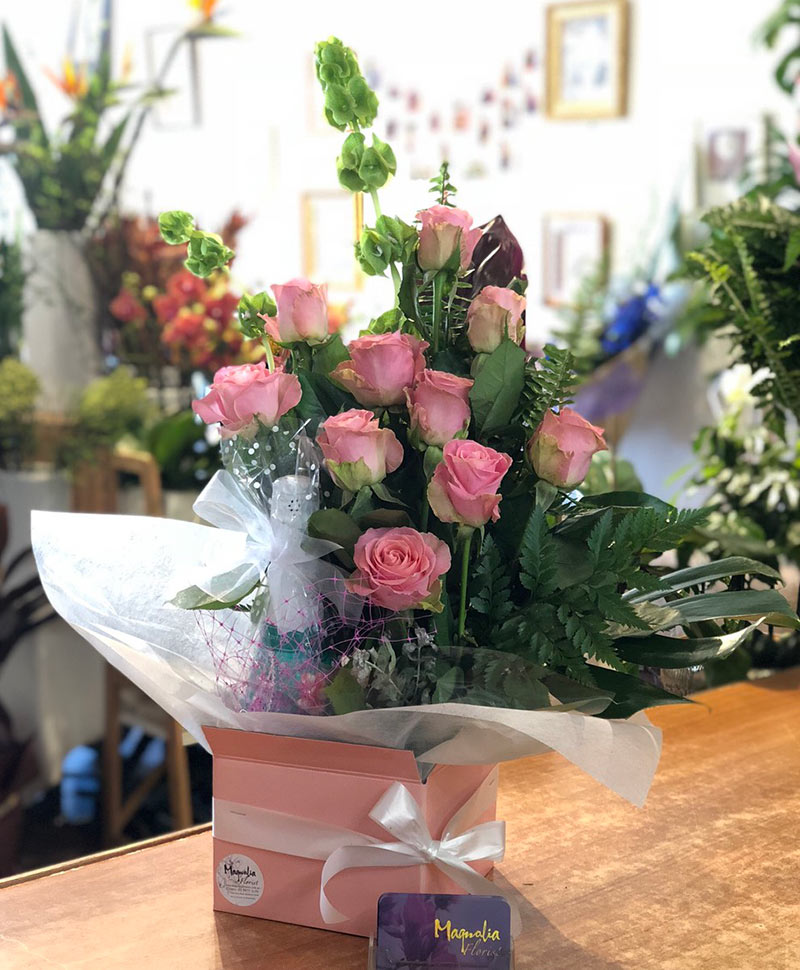 Roses Box & Wine
