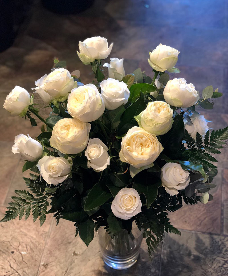 20 White Rose Bouquet (one size)